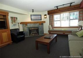 Canada,Property,1004